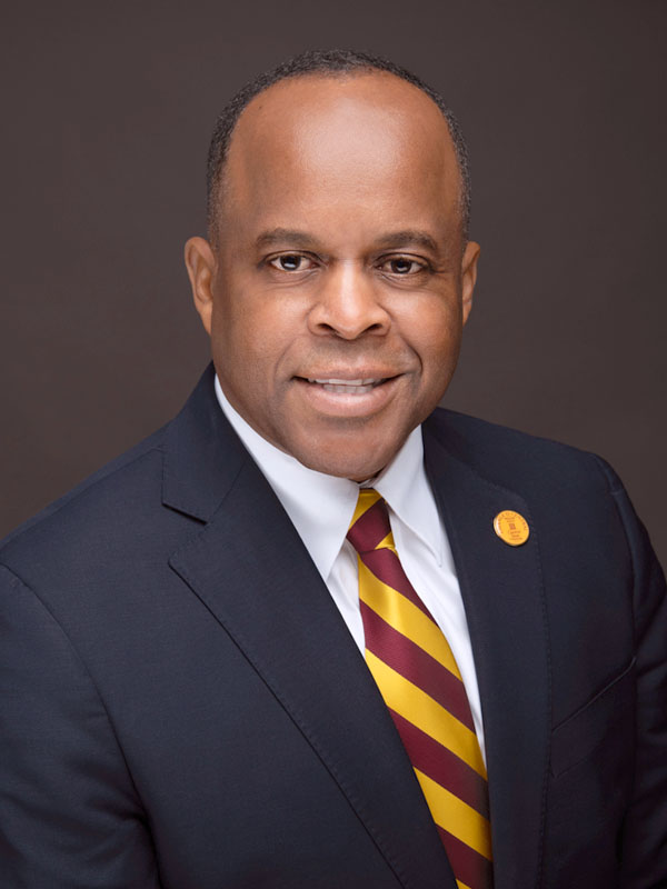 photo of Central State University President Elect Dr. Jack Thomas links to High-Resolution image